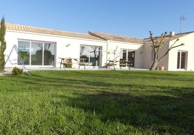 Vente Maison 5 pièces 190m² Saint-Xandre (17138) - photo
