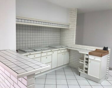 Location Appartement 4 pièces 145m² Vesoul (70000) - photo