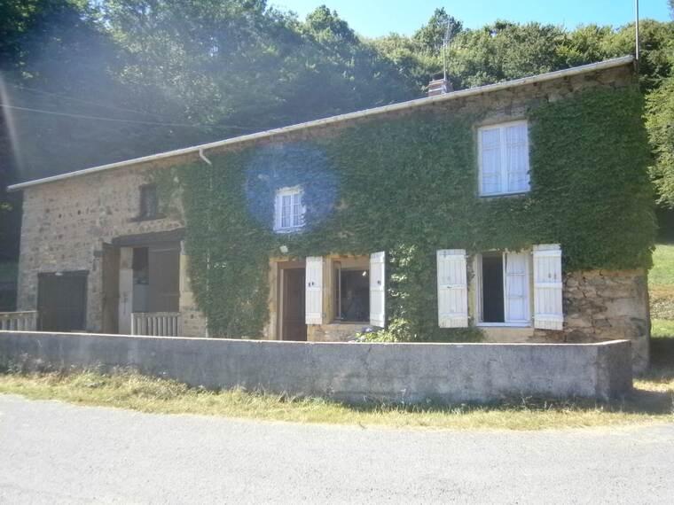 Vente Maison 4 pièces 80m² Saint-Bonnet-des-Bruyères (69790) - photo