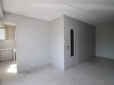 Location Appartement 1 pièce 32m² Jurançon (64110) - Photo 3