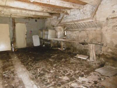 Location Maison 7 pièces 135m² Saint-Jean-des-Ollières (63520) - Photo 10