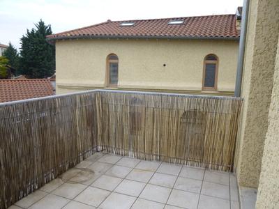 Location Appartement 3 pièces 63m² Saint-Marcellin-en-Forez (42680) - Photo 2