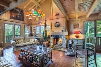 Sale House 10 rooms 225m² Combloux - photo 2