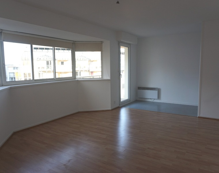 Location Appartement 1 pièce 30m² Pau (64000) - photo