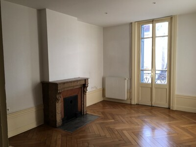 Location Appartement 3 pièces 60m² Saint-Étienne (42000) - Photo 10