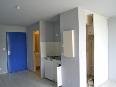 Location Appartement 1 pièce 19m² Sainte-Clotilde (97490) - photo