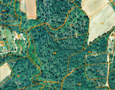 Vente Terrain 35 310m² Grambois (84240) - photo