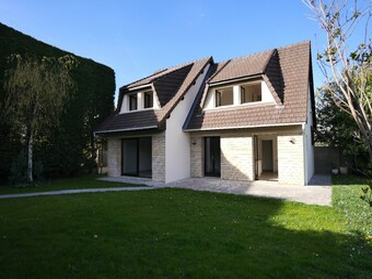 Location Maison 5 pièces 130m² Suresnes (92150) - photo