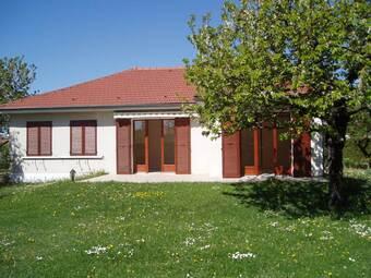Location Maison 4 pièces 101m² Châtenoy-le-Royal (71880) - Photo 1