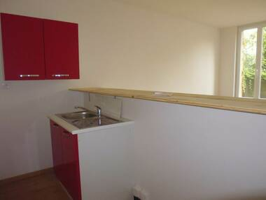Location Appartement 1 pièce 29m² Vichy (03200) - photo