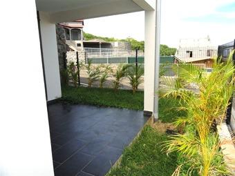 Location Appartement 2 pièces 55m² Saint-Leu (97436) - photo