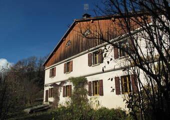 Vente Maison 11 pièces 190m² Mieussy (74440) - photo