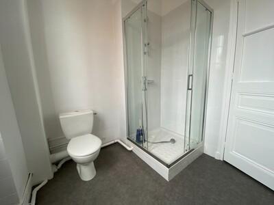 Location Appartement 3 pièces 89m² Saint-Étienne (42000) - Photo 5