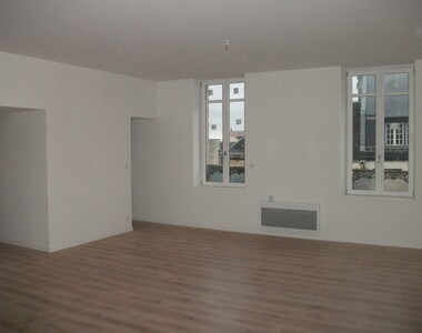 Location Appartement 3 pièces 90m² Saint-Quentin (02100) - photo