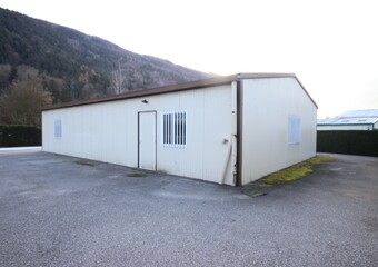 Sale Industrial premises 3 rooms 154m² AIME - Photo 1