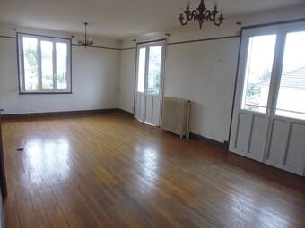 Location Appartement 4 pièces 99m² Bellerive-sur-Allier (03700) - Photo 1