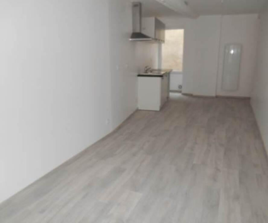 Location Appartement 3 pièces 65m² Cours-la-Ville (69470) - photo