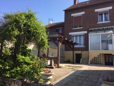 Vente Maison 4 pièces 105m² Chauny (02300) - photo