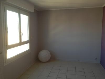 Location Appartement 2 pièces 66m² Saint-Étienne (42000) - Photo 4