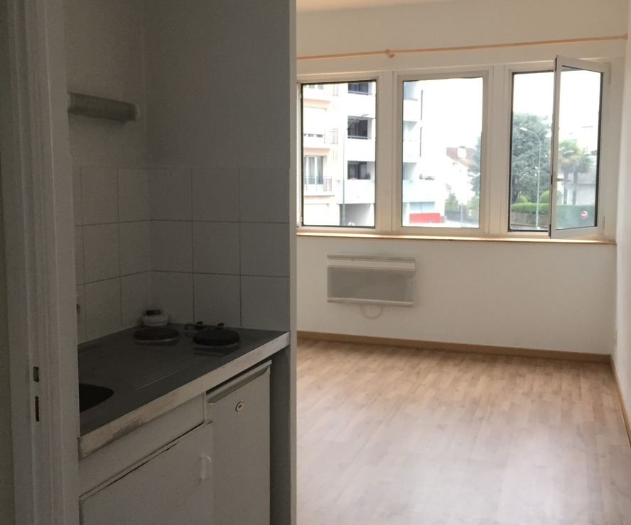 Sale Apartment 1 room 22m² Pau (64000) - photo