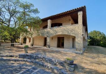 Vente Maison 18 pièces 554m² Grignan (26230) - photo