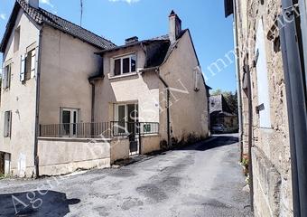 Vente Maison 6 pièces 131m² Larche (04530) - photo