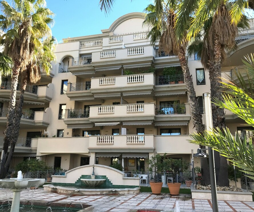 Vente Appartement 4 pièces 87m² 83400 hyeres - photo