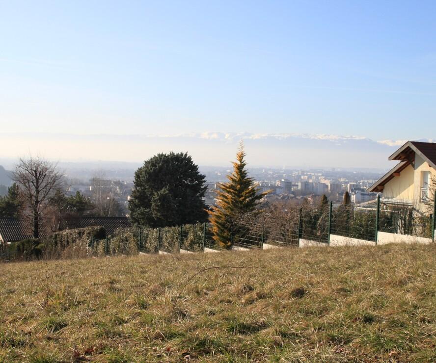 Sale Land 2 211m² Vétraz-Monthoux (74100) - photo