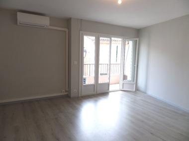 Location Appartement 3 pièces 74m² Cavaillon (84300) - photo