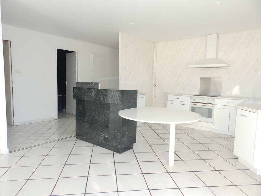 vente appartement 3 pi ces grenoble 38100 433265. Black Bedroom Furniture Sets. Home Design Ideas