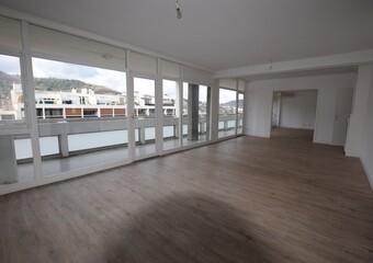 Location Appartement 4 pièces 136m² Chamalières (63400) - photo