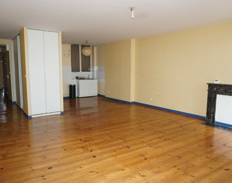 Renting Apartment 3 rooms 78m² Pau (64000) - photo