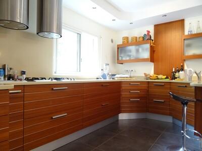 Vente Maison 8 pièces 400m² Buros (64160) - Photo 5