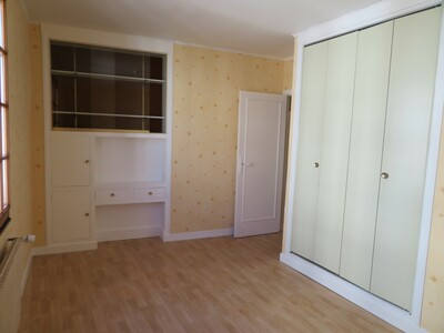 Location Maison 7 pièces 125m² Billom (63160) - Photo 5