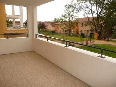 Location Appartement 2 pièces 46m² Craponne (69290) - photo
