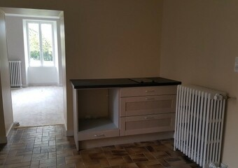 Renting Apartment 4 rooms 90m² Frédéric-Fontaine (70200) - Photo 1