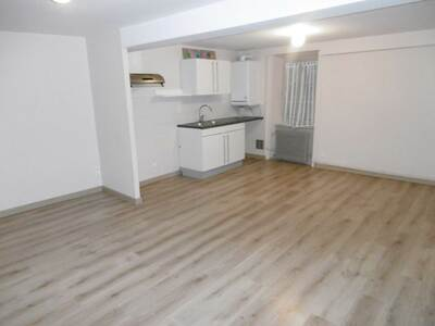 Location Appartement 40m² Billom (63160) - photo