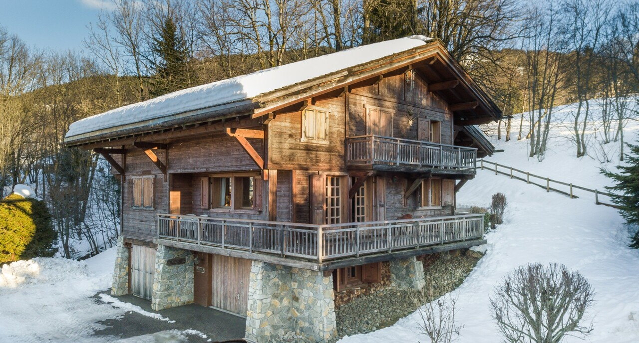 LOVELY CHALET IN RESIDENTIAL AREA Chalet in Megeve