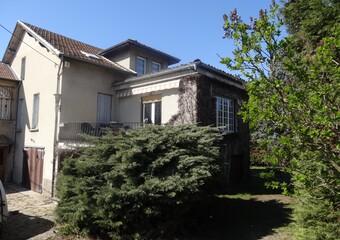 Vente Maison 8 pièces 214m² Cessieu (38110) - photo