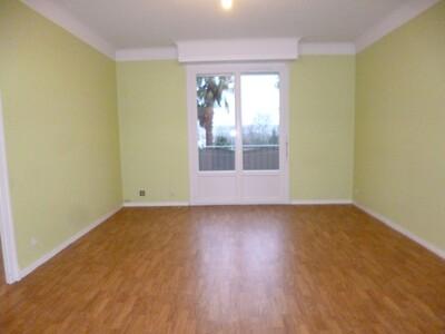 Location Appartement 4 pièces 68m² Soumoulou (64420) - Photo 2