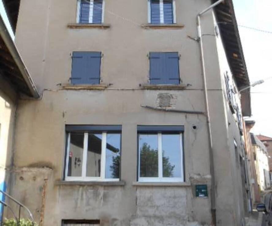 Location Maison 4 pièces 90m² Cours-la-Ville (69470) - photo