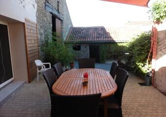 Vente Maison 4 pièces 174m² Châtillon-sur-Thouet (79200) - photo
