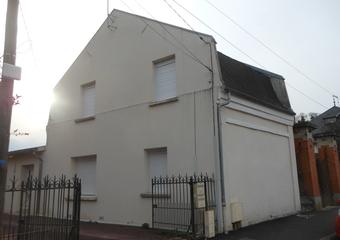 Location Maison 3 pièces 88m² Chauny (02300) - photo