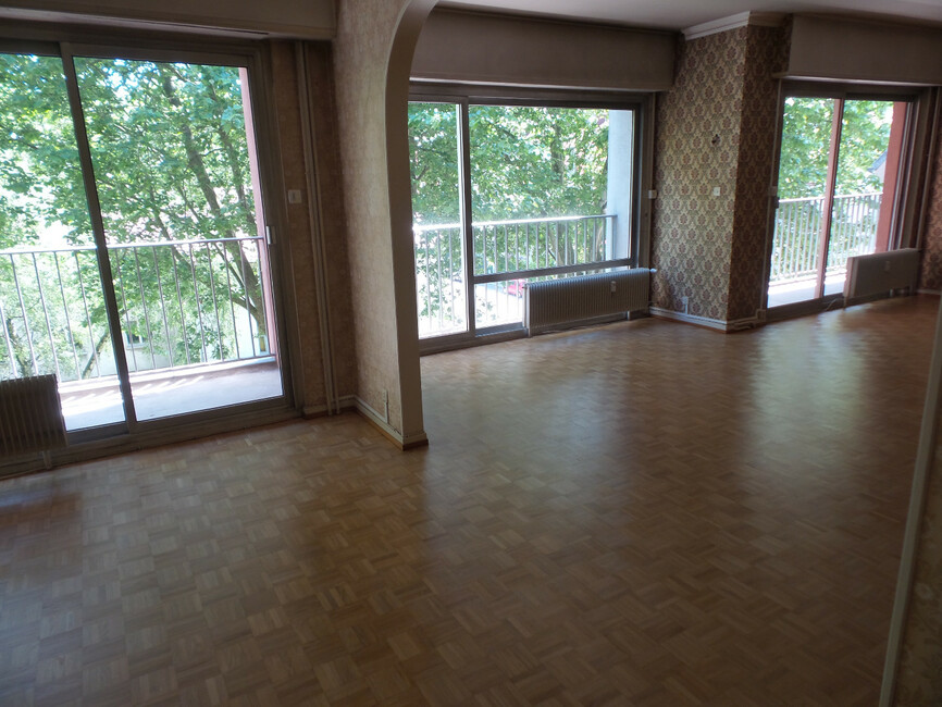 Vente appartement 6 pi ces mulhouse 68100 271228 for Appartement atypique mulhouse