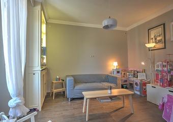 Vente Appartement 5 pièces 131m² La Roche-sur-Foron (74800) - photo 2