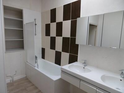 Location Appartement 2 pièces 57m² Lezoux (63190) - Photo 6