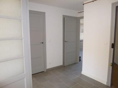 Location Appartement 2 pièces 59m² Saint-Étienne (42000) - Photo 5