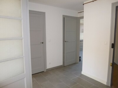 Location Appartement 2 pièces 59m² Saint-Étienne (42000) - Photo 5