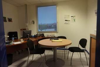 Location Bureaux 7 pièces 187m² Montbonnot-Saint-Martin (38330) - photo