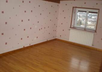 Location Appartement 4 pièces 123m² Thizy (69240)